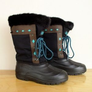 LaCrosse Boho Laser Cut Faux Fur Winter Boots